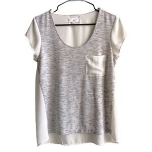 Lou & Grey Flowy Heathered Gray and Ivory Blouse